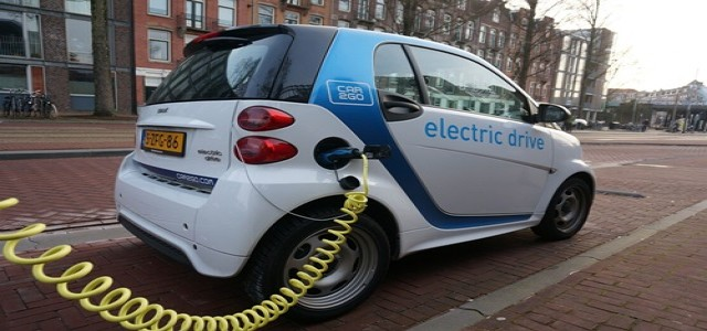 British Gas buys 2,000 EVs from Vauxhall; aims to electrify fleet by 2025