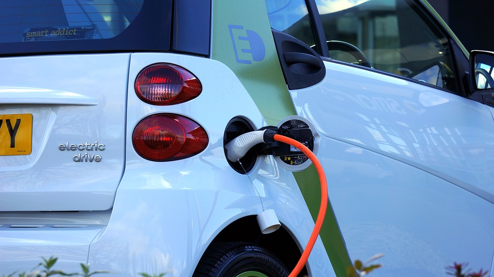 Shell steps foot in EV charging market with Ubitricity purchase
